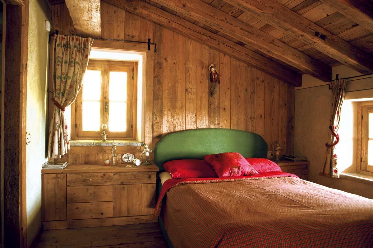 Legno da creativo letto Camera : Arredamento camera da letto in legno - Sergio Lazzaroni