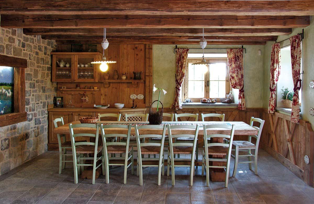 Arredamento soggiorno in legno - Sergio Lazzaroni