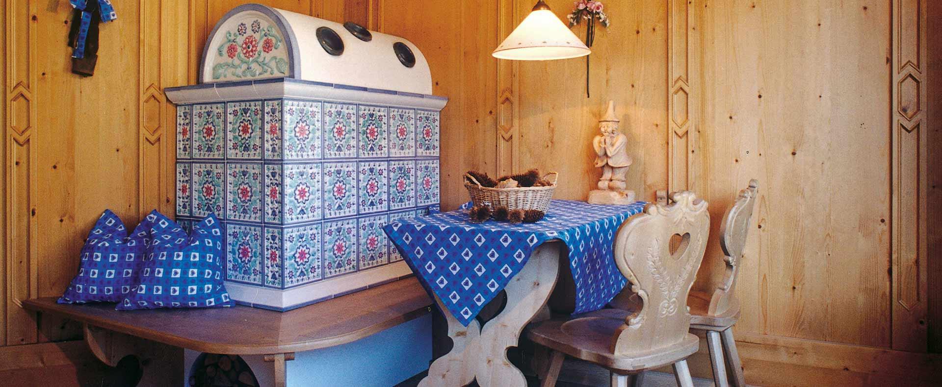 abbastanza Stube Tirolese: arredamenti di interni in legno tradizionali  WZ23